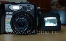 фотокамера поворотный экран