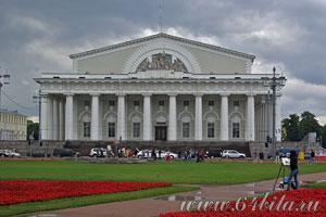 Городской пейзаж. Петербург, биржа.